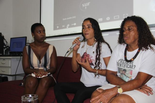 Bruna Silva fala sobre a atuação da Rede Nacional de Familiares de Vítimas do Estado (Foto: Laerte Breno)