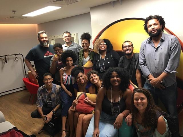 Equipe da Narra em visita à sede da Uol em São Paulo
